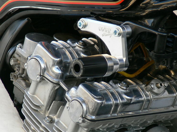 CBX1000 エンジンスライダー